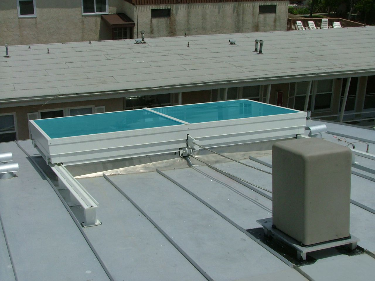 Sky Tech Glazing Systems/Retractable Skylights