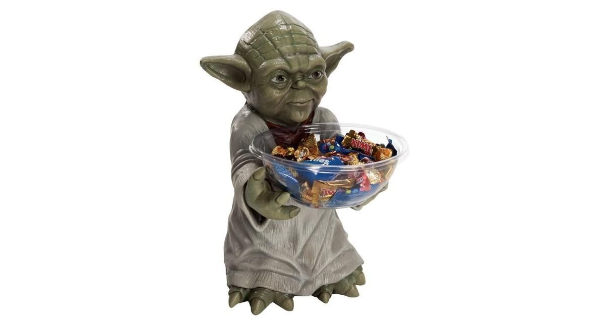 I found this great Birthday Party idea on BirthdayExpress.com. Star Wars Yoda Candy Bowl and Holder, Birthday Express helps create memories that last a lifetime - click here to start the fun!