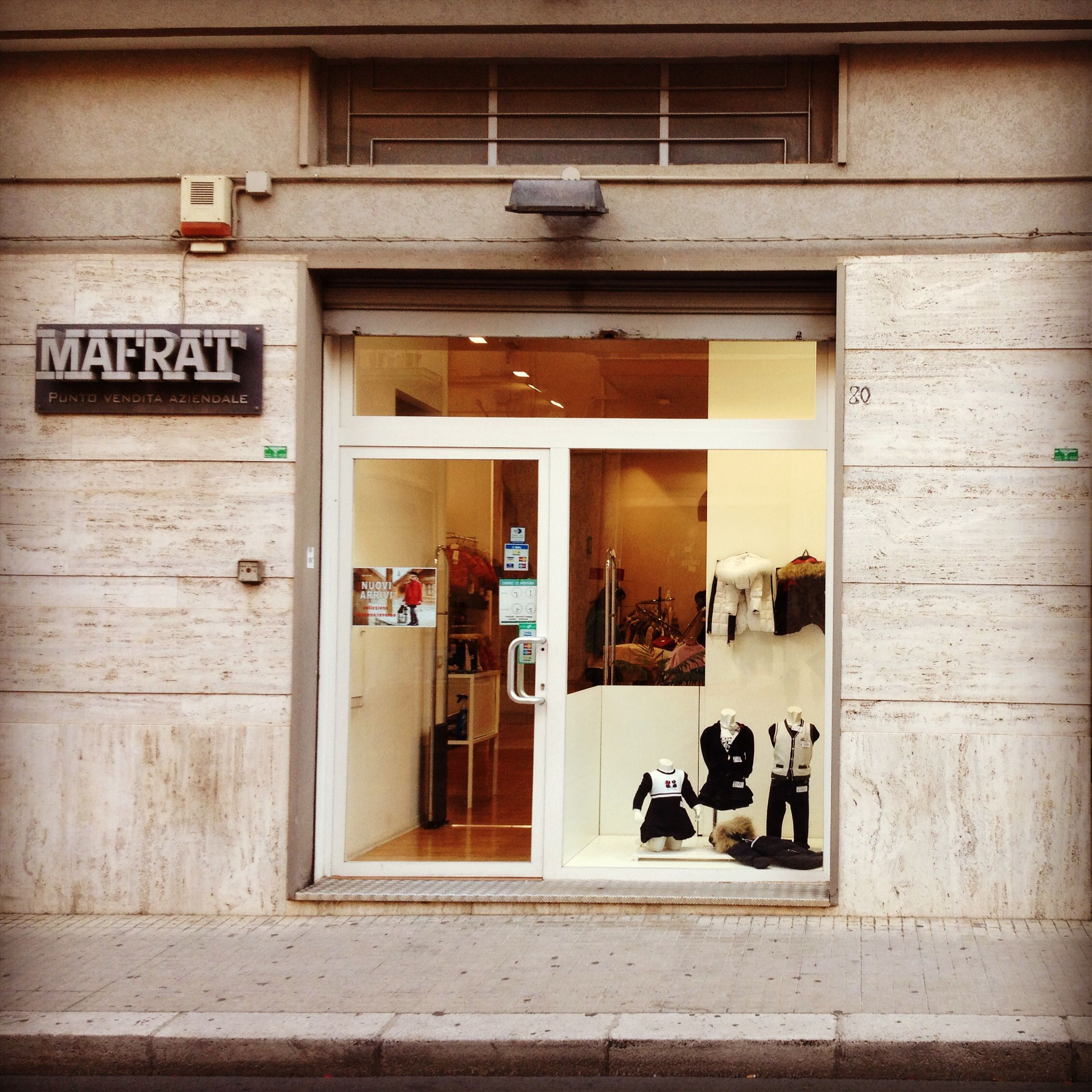 """Negozio """"Quore"""" - Mafrat in via Tripoli, 78-80 a Putignano (BA) nel quore della Puglia www.quorestore.it #abbigliamento #outfit #grandifirme #brand #style #kidswear"""