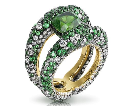 Faberge Charmeuse Verte Ring