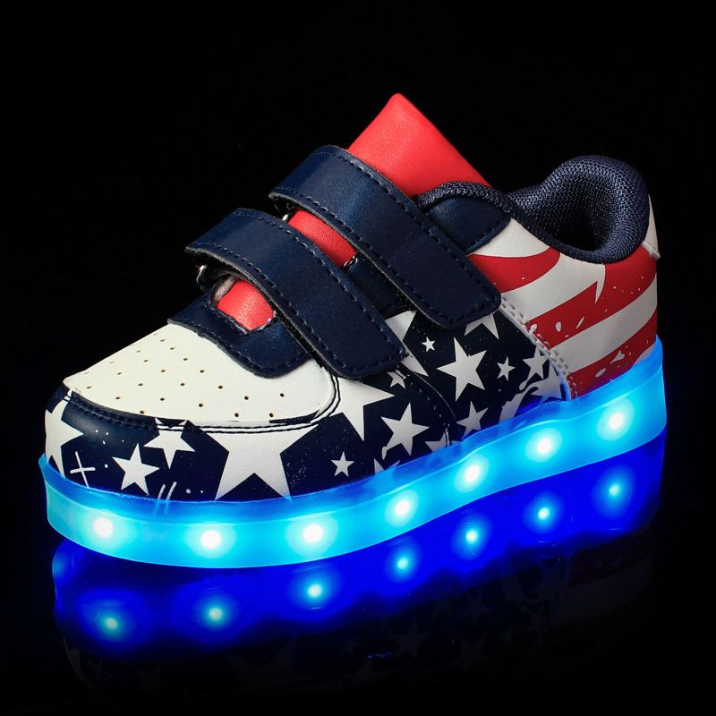 2017 New Children Casual Led Shoes Luminous Sneakers American Stars Lighting Usb For S Boy Glowing Soft Sole