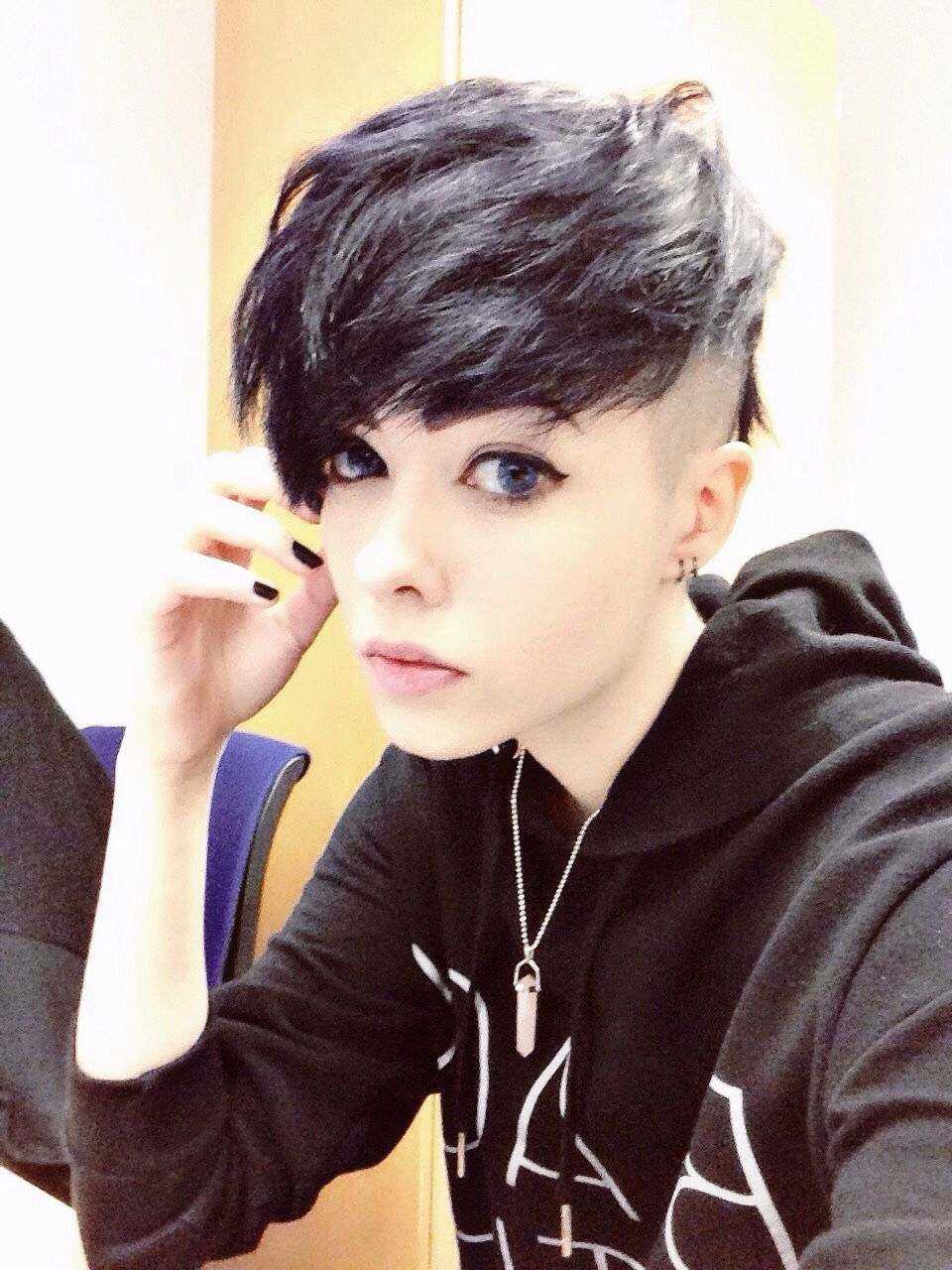 36 Best Punk Girl Hairstyles Image In 2020 Short Punk Hair Edgy Haircuts Girl Haircuts