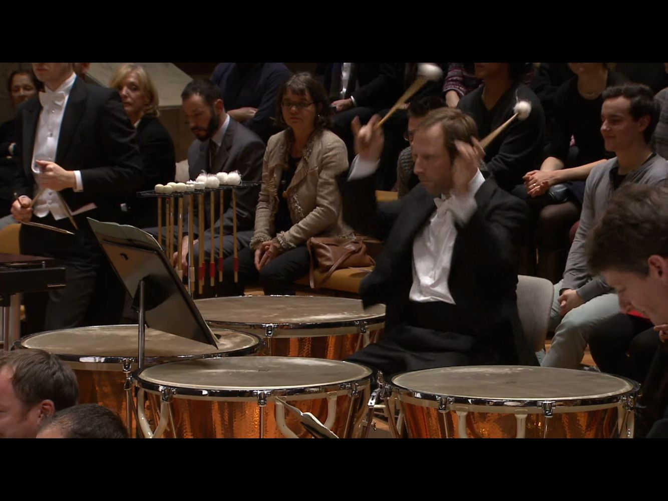 Principal Timpanist Wieland Welzel of the Berlin Philharmonic performing the conclusion of Shostakovitch's 5th Symphony.