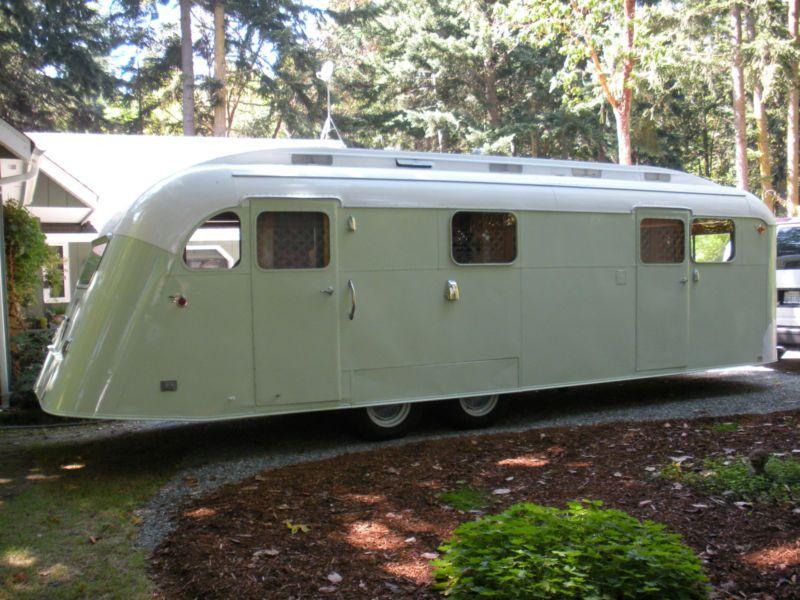 Vtg / Classic Refurbished 1948 Westcraft Sequoia 27'-10