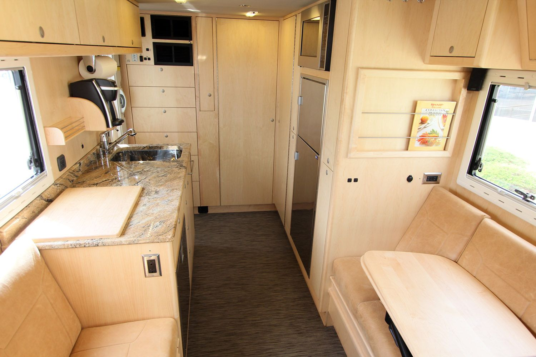 Earthroamer XVLT S Home appliances, Camping trailer