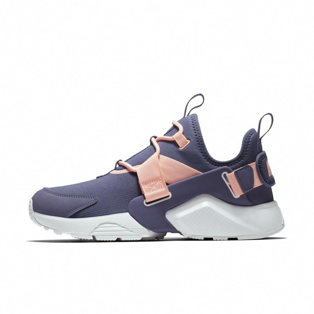 reputable site 68107 42557 Nike Air Huarache City Low Women s Shoe Size 6 (Light Carbon)   shoesheelsforteens