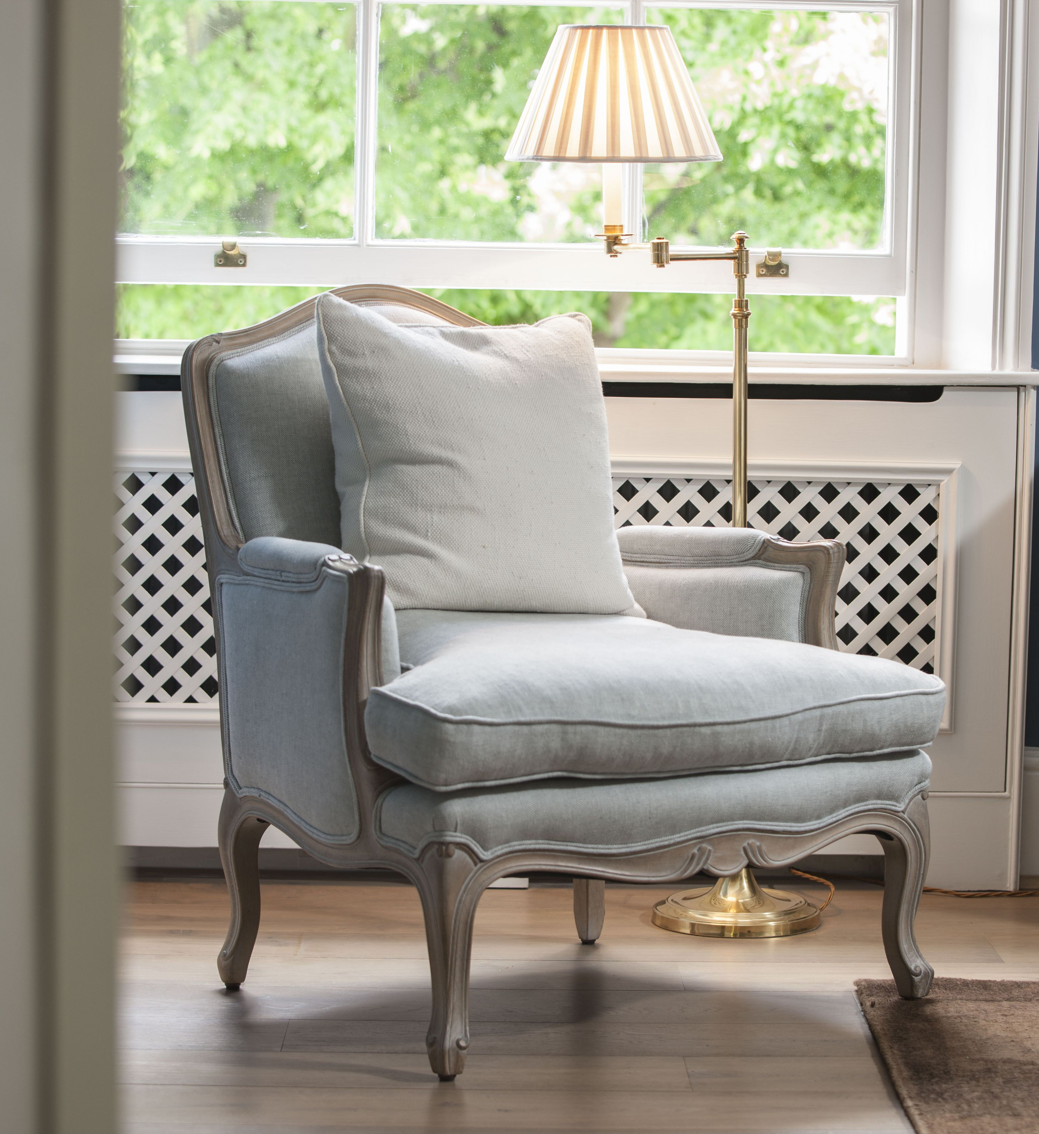 Classic Living Room Chairs Contemporary Furniture Sets Uk In South Kensington My Home Decore Gardening