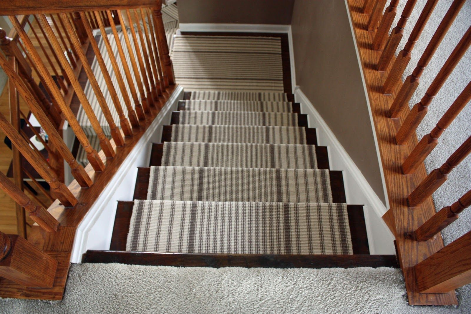 Best Patterned Carpet On Stairs With Wood Bullnose 400 x 300