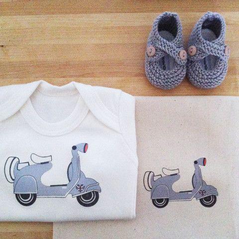 byebyebirdie - organic scooter baby bodysuit + little snuggers