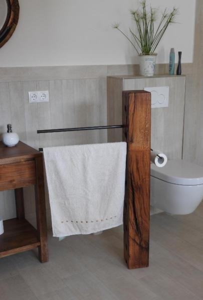 DESIGN Toilettenpapier Halter ,Einzelstück, Massivholz