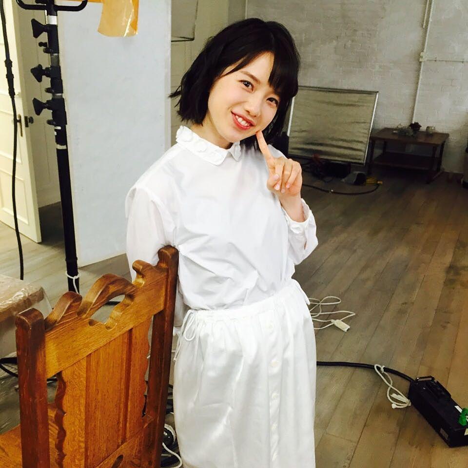 白い服の弘中綾香