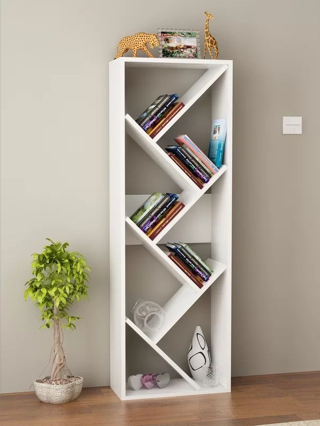 Cool 40 Casual Bookshelf Design Ideas To Decorate Your Room More At Https Homyfeed Com 2019 04 24 40 Casua Bucherregal Design Regal Design Bucherregal Dekor
