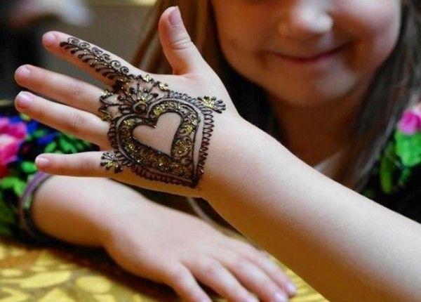 Mehndi For Kids Full Hand : Simple mehndi designs for kids books print