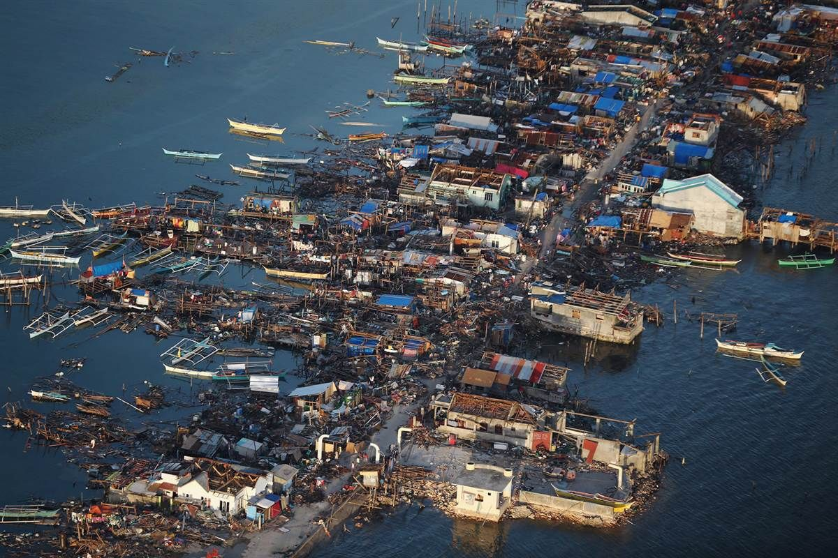 Typhoon Haiyan batters the Philippines Aerial view