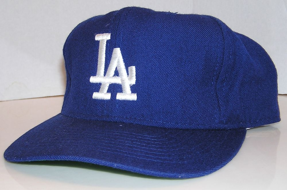 f9efe7e76a5 Los Angeles Dodgers 100% Wool Vintage 90 s Sports Specialties Fitted Size 7  1 4  SportsSpecialties  LosAngelesDodgers