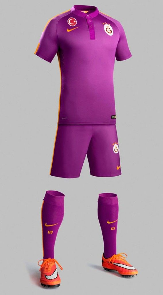 Galatasaray 2014-15 Nike Third Kit Camisetas De Fútbol ac6ffeec89b5a