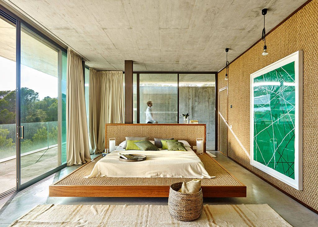 AyD - Vidal - Catalan - Bergnes (Eivissa) : Dormitorios de estilo moderno de Eugeni Pons