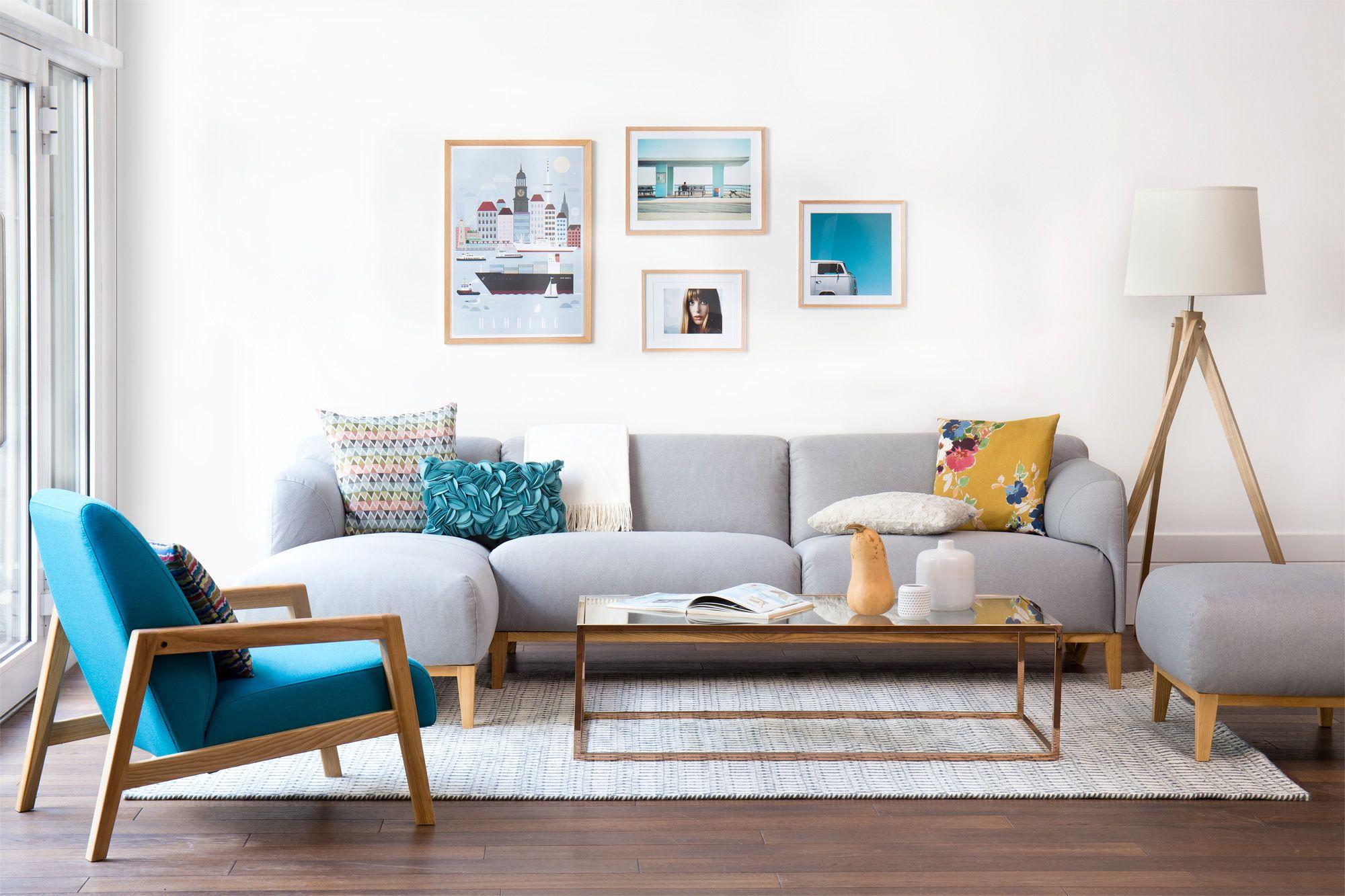 Skandinavisches Design Kombination Holz Helle Farben Klare Linien Wohnzimmer Messing Salon Zimmer Ideen