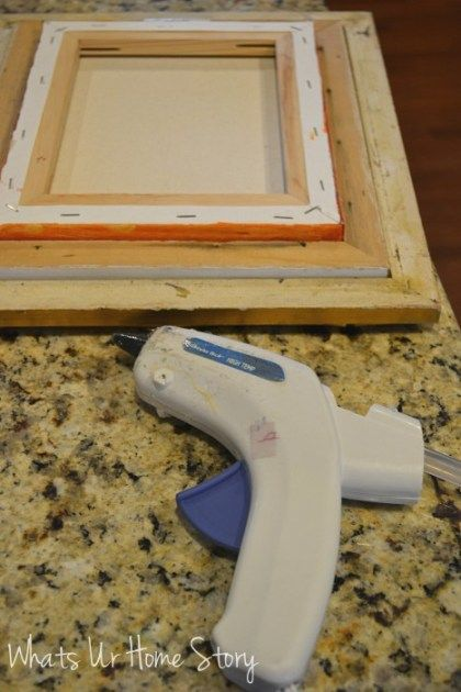 Easy Way To Frame A Canvas Picture Diy Craft Ideas Pinterest
