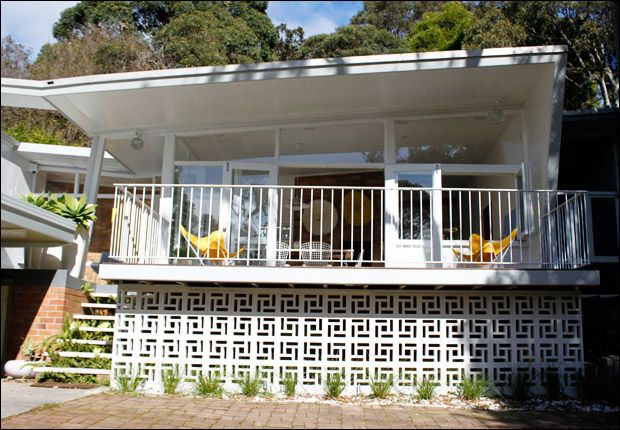 The 50's beach house #beachhousecollective House cred to the ever stylish and home owner Table Tonic