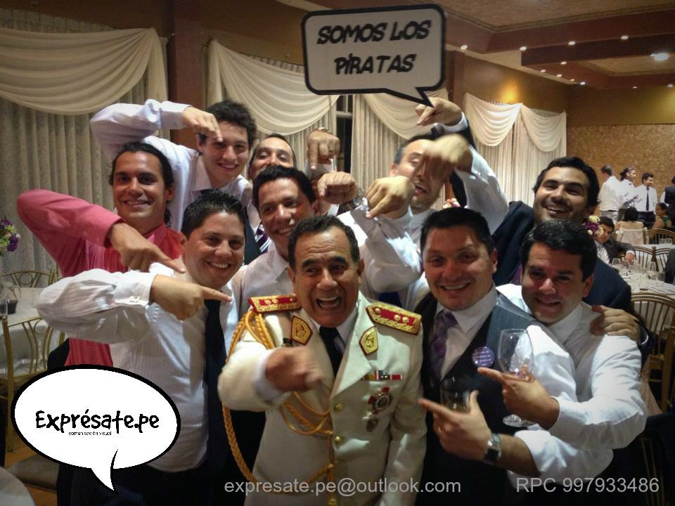 Letreros divertidos para celebraciones inolvidables Contáctanos en fb : https://www.facebook.com/expresate.pe.letreros?fref=ts