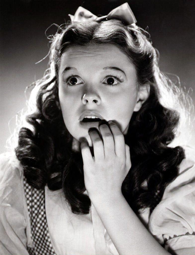 The Wizard Of Oz Photo Stills Judy Garland Wizard Of Oz The Wonderful Wizard Of Oz
