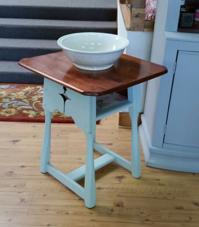 Paine Furniture Company Parlor Table