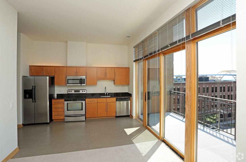 Gaslight Lofts Rentals Milwaukee Wi Apartments Com Loft Apartment Apartment Loft