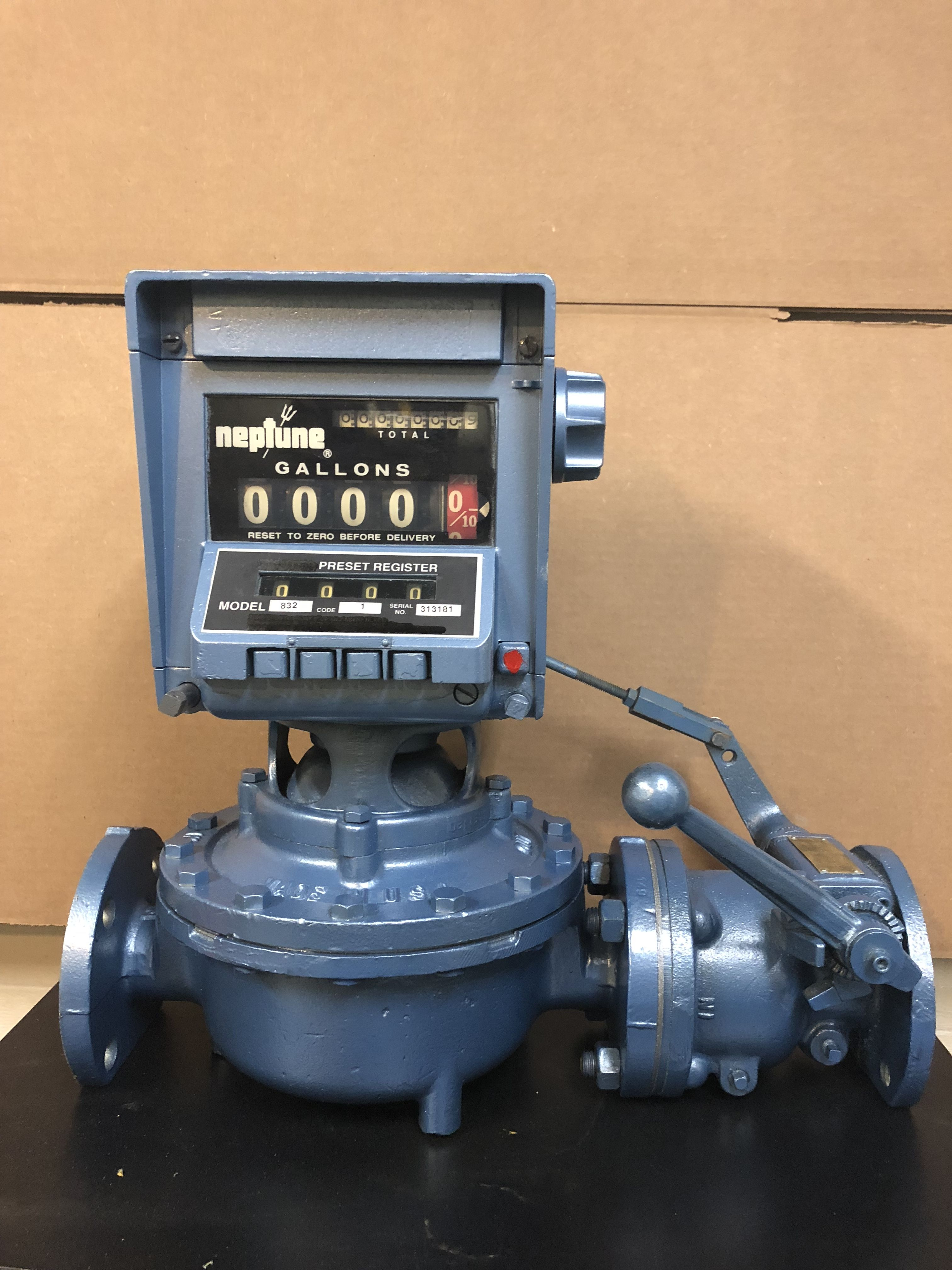 1 2 Neptune Meter With Preset 832 Register And Auto Stop Valve