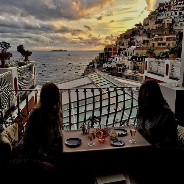 Por Honeymoon Destinations Amalfi Coast In Italy Beach Pinterest