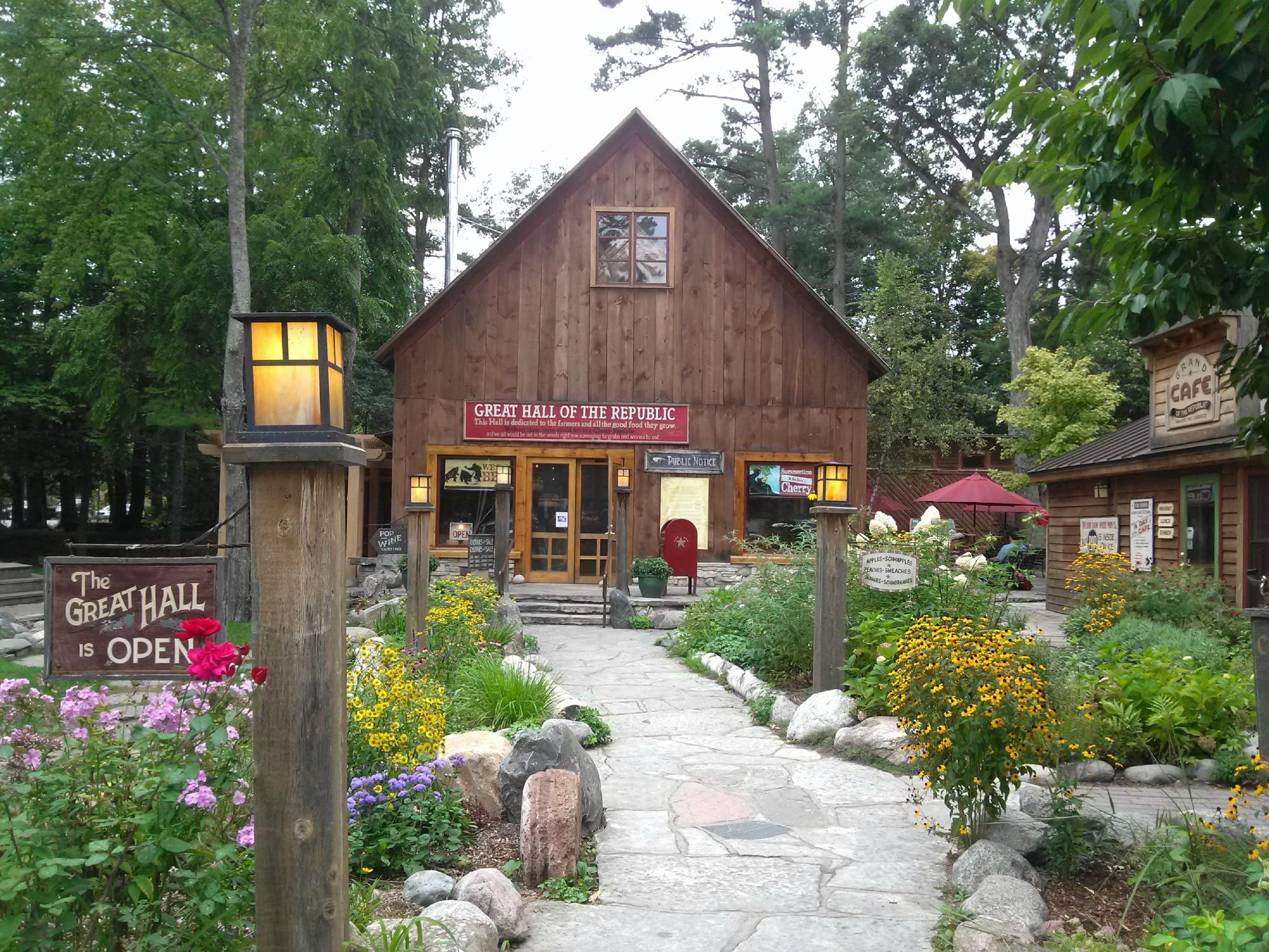 Cherry Public House, Glen Arbor Restaurant Reviews