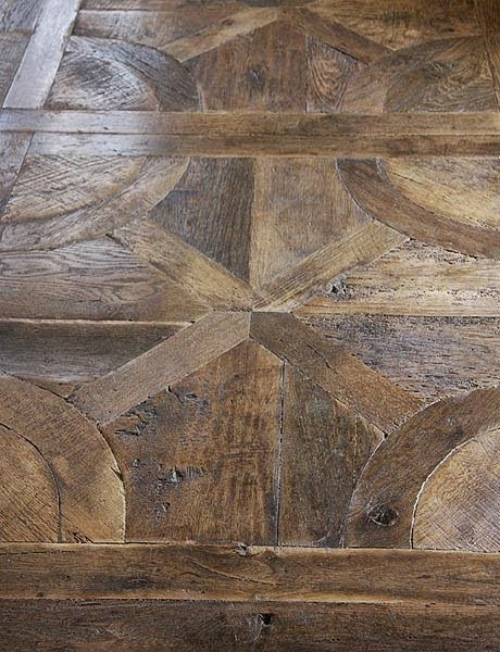 Roses And Rust In 2019 Mediterranean Life Flooring Wooden