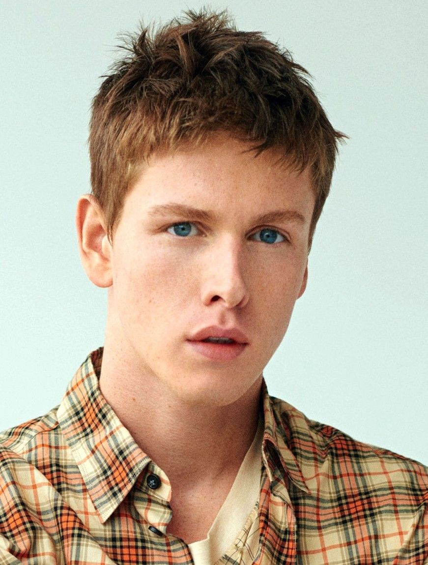 Harris Dickinson From Beach Rats Stars In Postcards From London