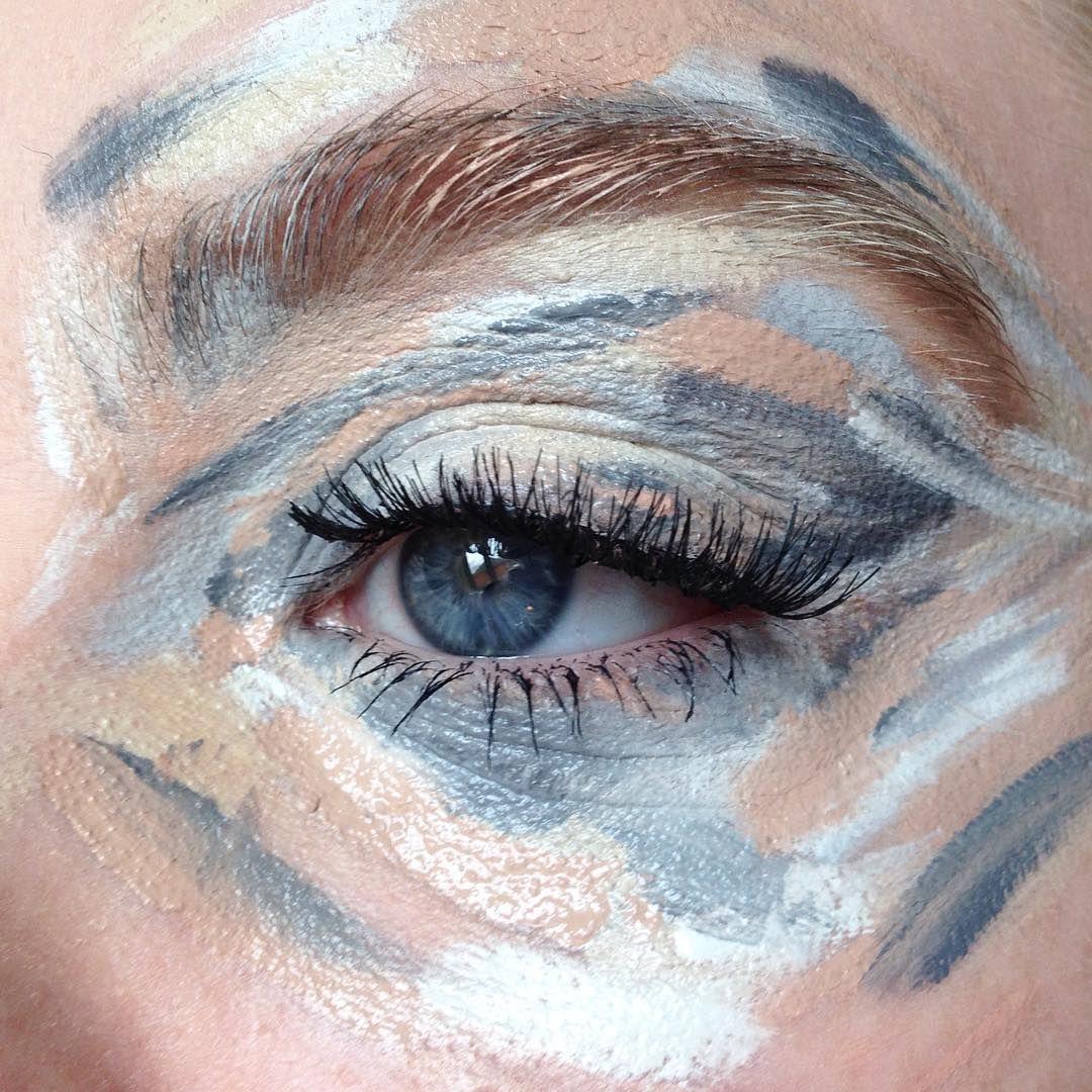 Ecco come fare un trucco occhi pazzesco grazie a un semplice schema di colori