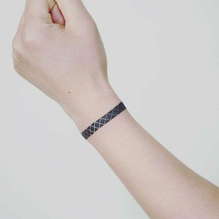 Tattoos am Handgelenk - tolle Ideen, die Sie begeistern ...