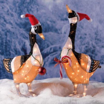 Canadian Geese Christmas Decoration-Set of 2 | Outdoor ...