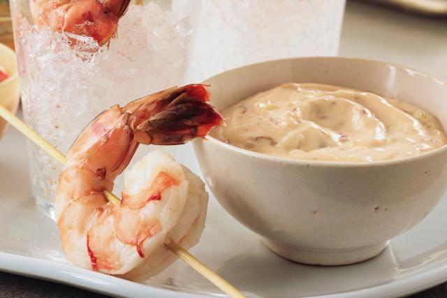 Simple 5 Ingredient Shrimp Dip #shrimpdip