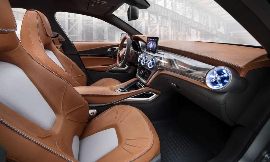 mercedez benz gla concept car suv compact intrieur cuir camel