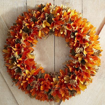 Exquisite Wood Curl Wreath