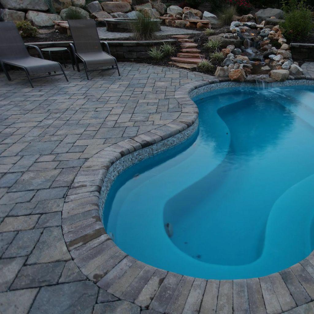 34 Beautiful Mediterranean Pool Design Ideas Look Luxurious Trendehouse Small Pool Design Swimming Pools Backyard Small Swimming Pools