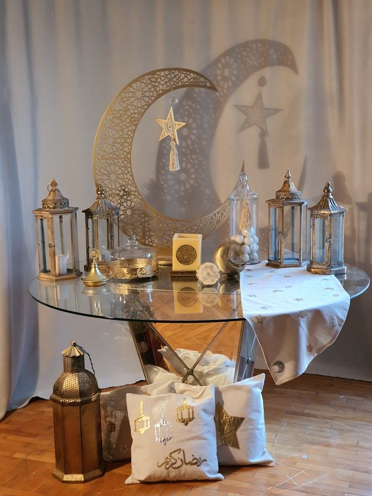 Pin By Luma Sufyar On Ramadaniyat In 2021 Ramadan Table Decor Ramadan Kareem Decoration Eid Decoration