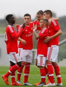 A equipa de Juniores do Sport Lisboa e Benfica recebeu e venceu a Académica por 1-0.