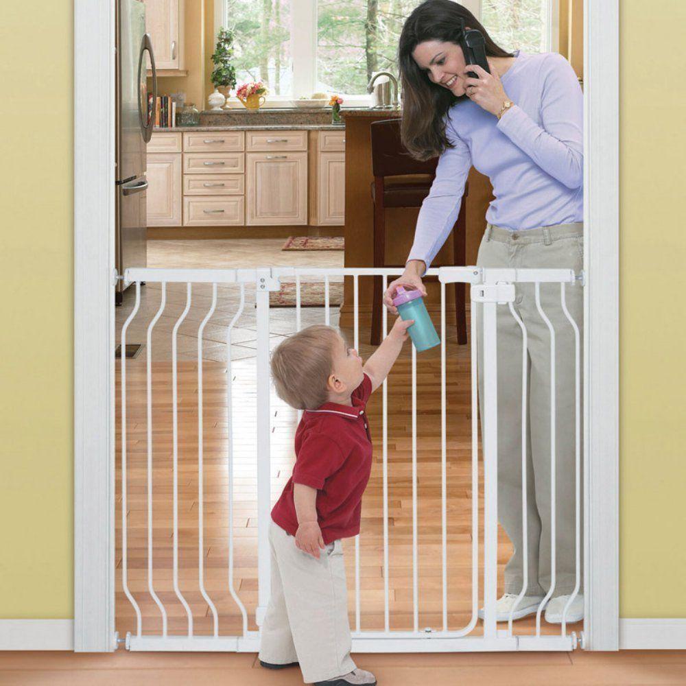 "Summer Infant Sure And Secureâ""¢ Tall WalkThru Gate"