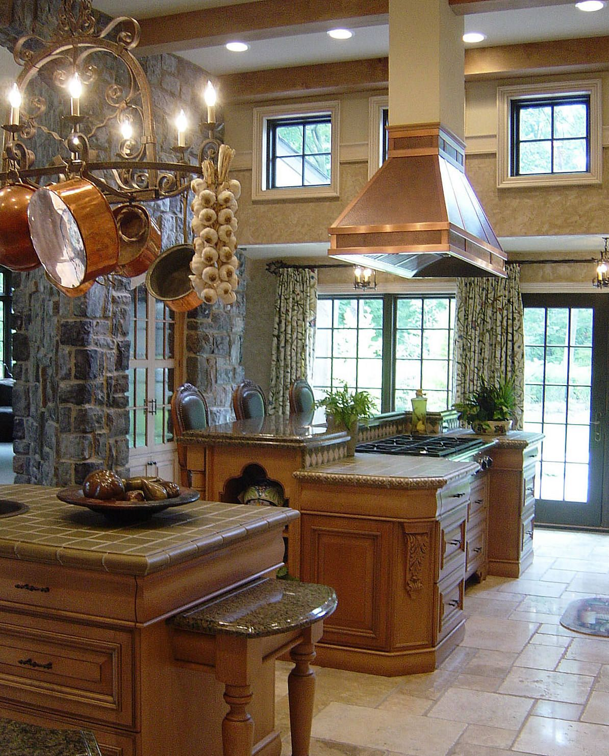 This custom kitchen by MinionGutierrez Design is the kind