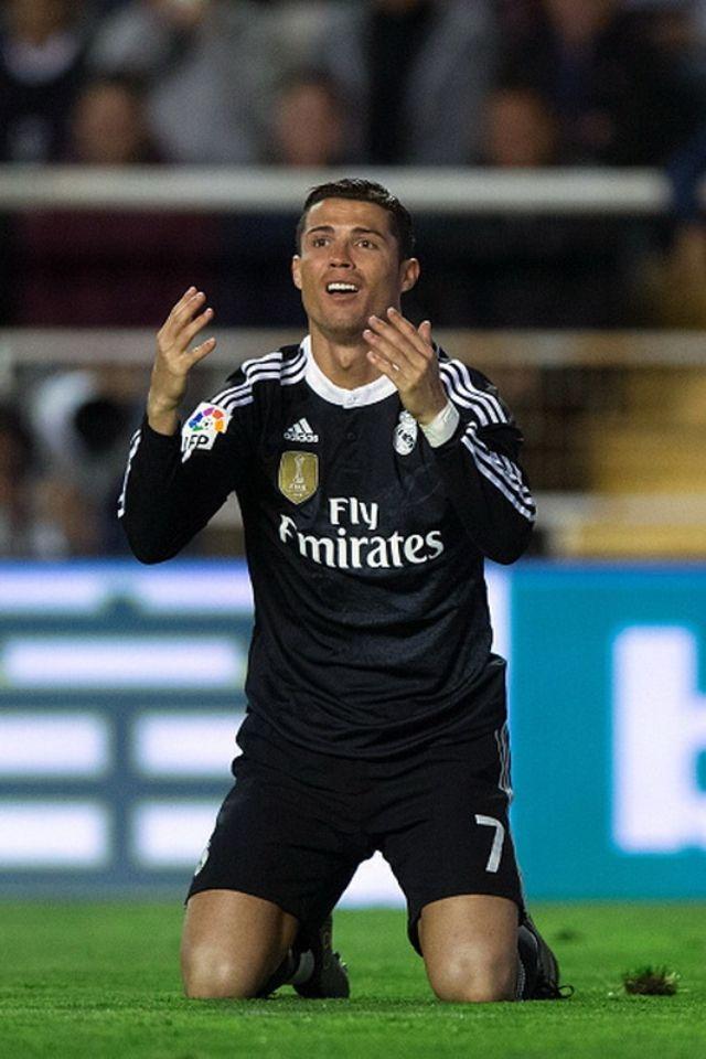 Cristiano Ronaldo 40 Yard Dash : cristiano, ronaldo, Peque, Piichardo, 😘✌🏼️, Cristiano, Ronaldo, Gareth, Ronaldo,