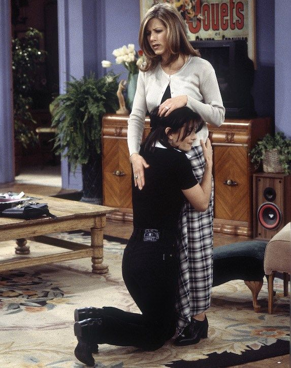 See Every Amazing Outfit Rachel Green Wore on 'Friends' | slice.ca #rachelgreenoutfits