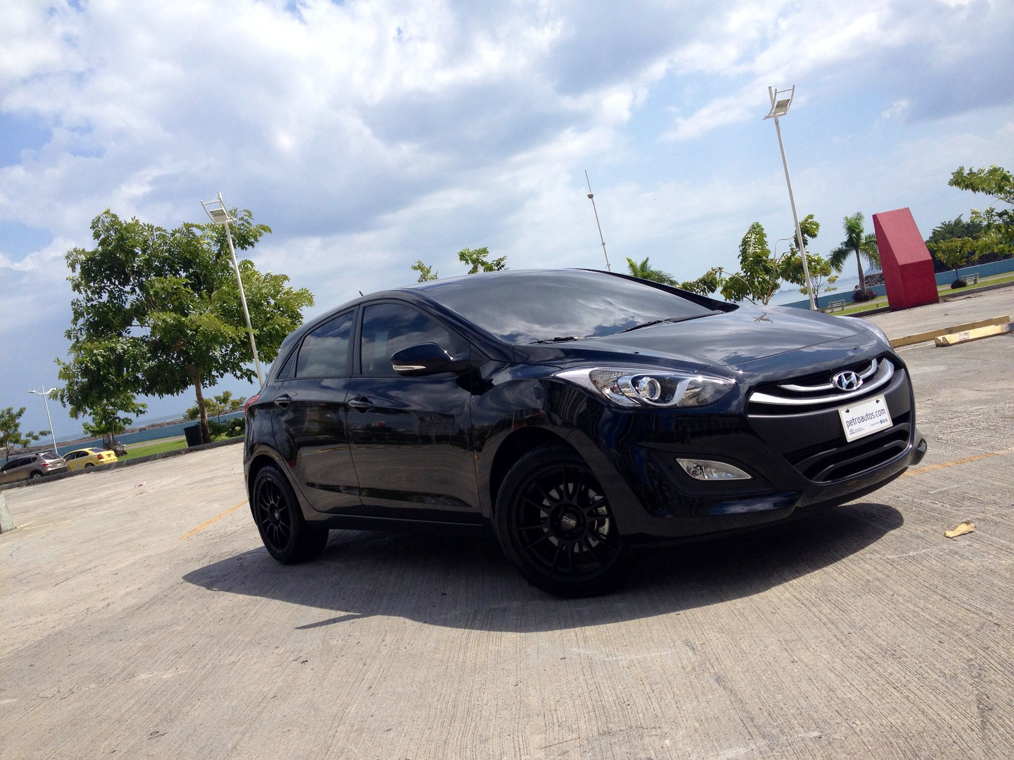 2015 hyundai sonata pricing options and specifications cleanmpg - Simple Look To Create A Sporty Hatchback Oz Ultraleggera Rims Johnson 20 Tinted Widows And Klight 6000k Hid Sporty Hyundai I30 Elantra Gt