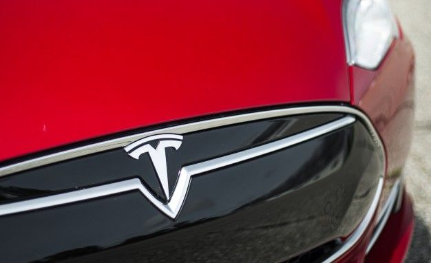 Tesla Model 3 to be unveiled on 31 March