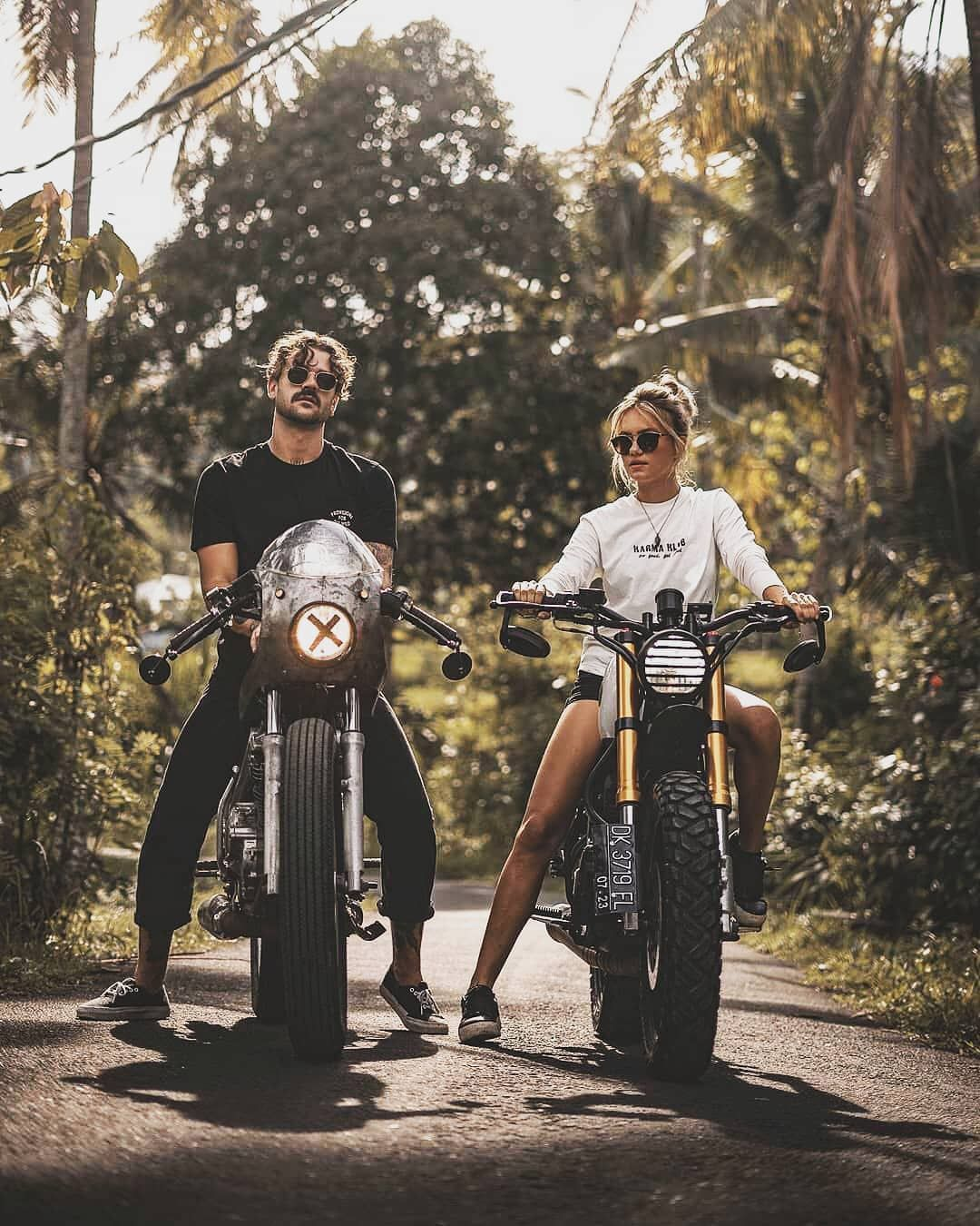 Pin By Roger Mulderink On Me And My Wife Bike Couple Couple