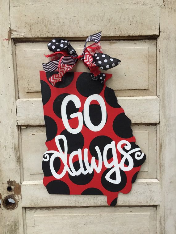 Go Dawgs UGA fan door hanger